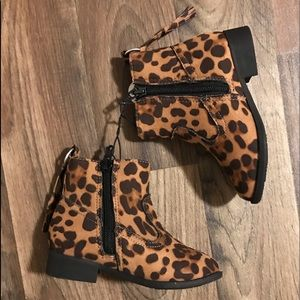 Other - Toddler girls leopard ankle boots